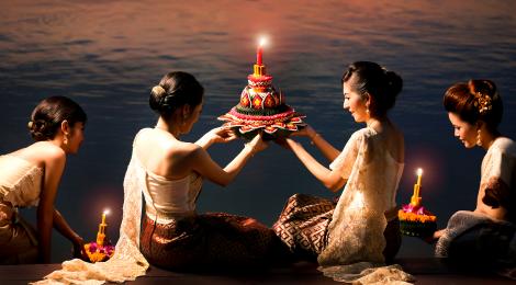Loy Kathong (ลอยกระทง) - Fête des Lumières